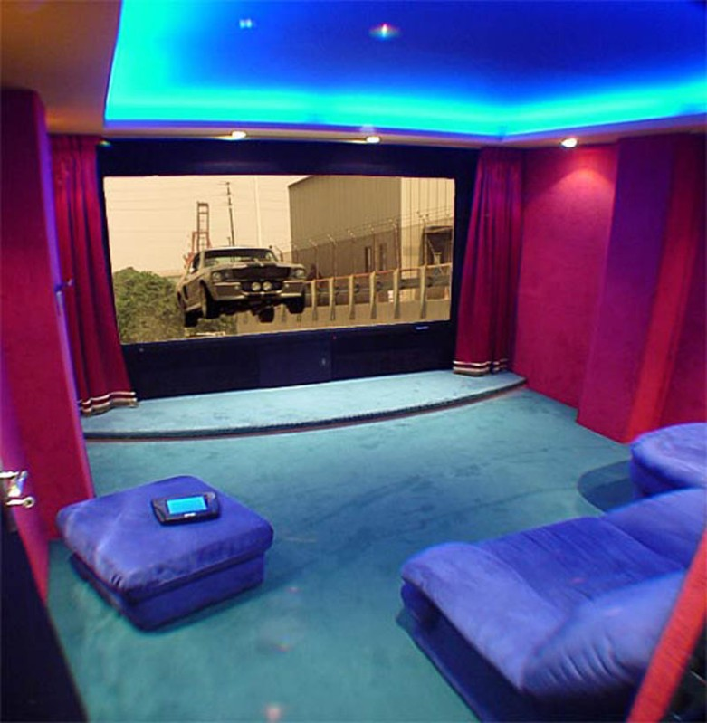 Home Lighting Ideas: Spacious-beautiful-home-theater-lighting-ideas